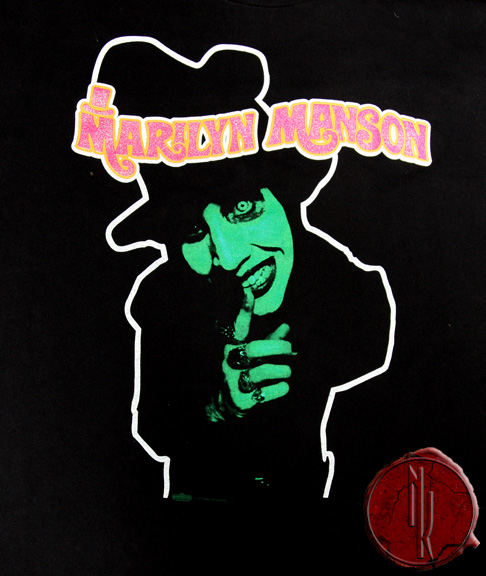 Smells Like Children | T-Shirt